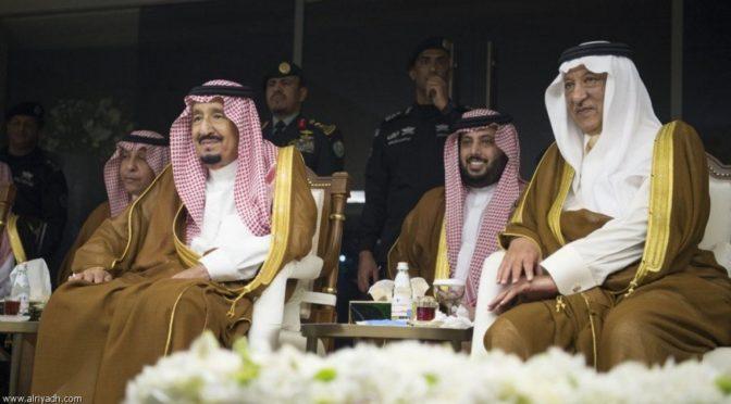 Король Салман посетил финальный матч чемпионата по футболу на кубок Служителя Двух Святынь