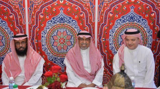 Глава администрации г.Мекка принял участие в групповом ифтаре Рамадана с благотворительным обществами по попеению сирот и пожилых людей