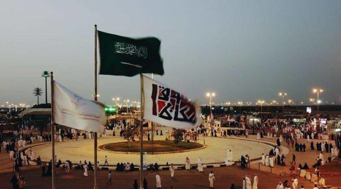 360 часов заняла работа по созданию скульптур ввиде арабских букв на рынке Указ