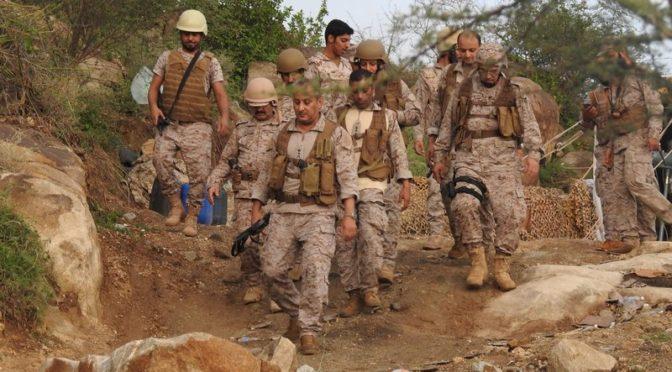 Командующий коалиционными силами официально посетил зону  операций совместно с военнослужащими