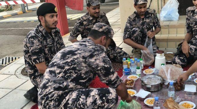 Лучезарная Медина: Силы безопасности проводят трапезу ифтара для своих сотрудников