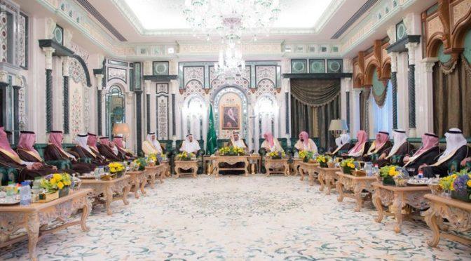 Служитель Двух Святынь прибыл в Мекку, дабы провести последнюю декаду Рамадана рядом с Домом Аллаха