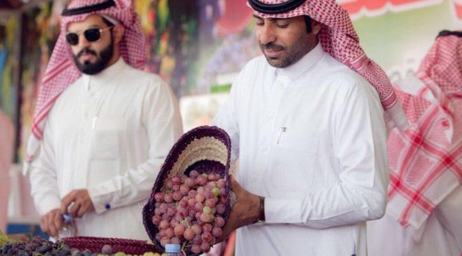 Более 850 тыс.риалов составили продажи на фестивале винограда в Салбие за два дня