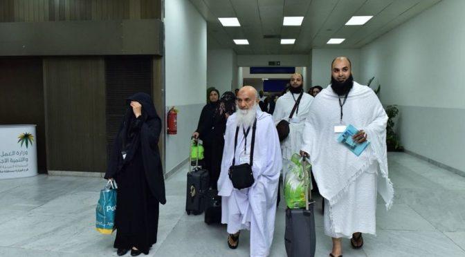 Первая партия паломников из Европы прибыла в Международный аэропорт им.Короля Абдулазиза