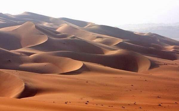Двое саудийских юношей спасли от погибели пятидесятилетнего мужчину в пустыне Руб аль-Хали