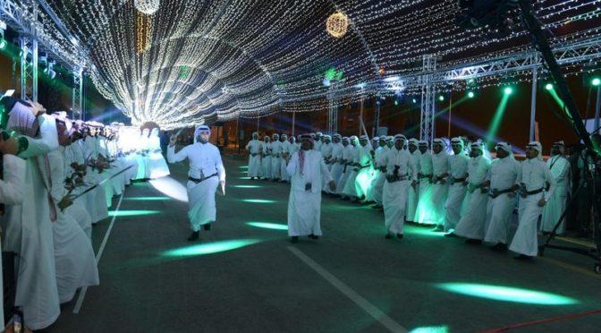 Губернатор провинции Асир посетил церемонию открытия мероприятий летнего фестиваля в Хамис Мушит
