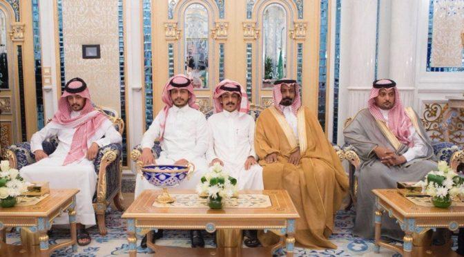 Служитель Двух Святынь наградил орденом Короля Абдулазиза студентов Джасира и Зайба