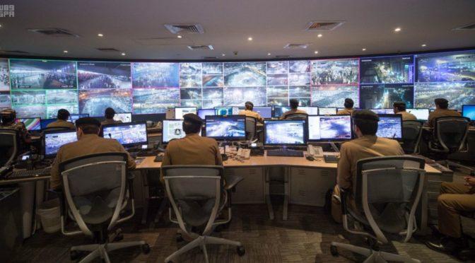 Его Высочество Министр внутренних дел инспектировал работу центров управления и монитринга сил безопасности Хаджа в Мина