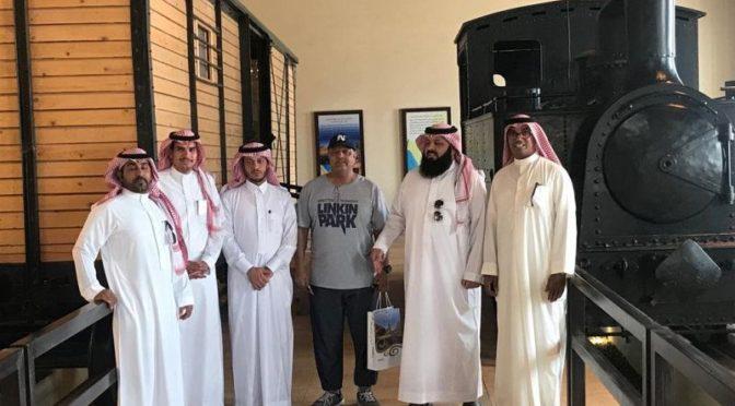 Группа арабских туристов посетила истрические достопримечательности Табука