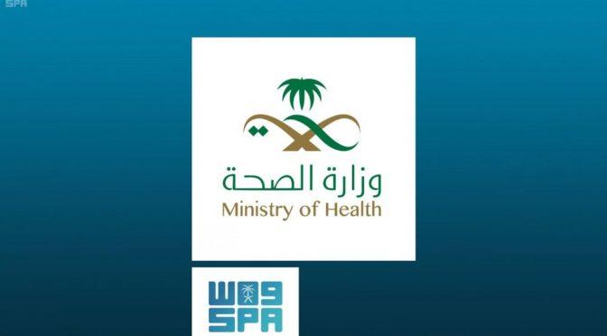Губернатор провинции Хаиль наградил медсестру Сару аль-Микваъ, спасшую в нерабочее время 3 раненых
