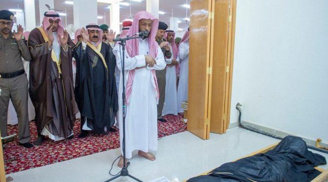 Заместитель губернатора провинции Касым по вопросам безопасности исполнил похоронную молитву по павшему мученником ефр.аль-Фариди