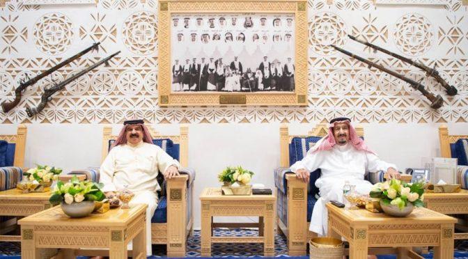 Служитель Двух Святынь провёл переговоры с Королём Бахрейна