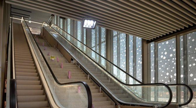 Начался монтаж лифтов и эскалаторов на станциях метрополитена Эр-Рияда