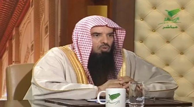Шейх аль-Мурри отвергает отрицание возможности воплощения джинна в образе человека: это существует во всех странах
