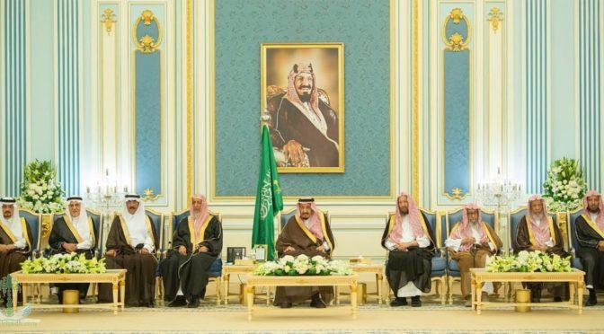Служитель Двух Святынь принял принцев, муфтия, учёных и группу подданных