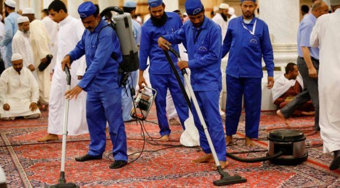 Департамент по делам Мечети Пророка: 93 тонны мусора ежедневно удаляется из Мечети Пророка во время Рамадана