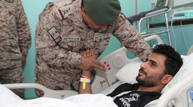 Командующий Королевскими Сухопутными силами Саудии посетил раненых  военнослужащих