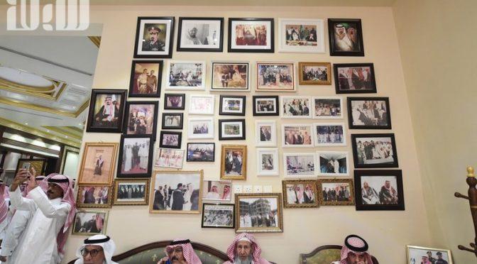 «Сабк» в доме аль-Фагам: сотни соболезнующих принцев, шейхов, чиновников и подданных