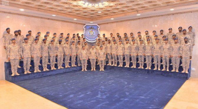 Принц Турки бин Бандар посетил церемонию выпуска 130 курсантов  Технического института ВВС