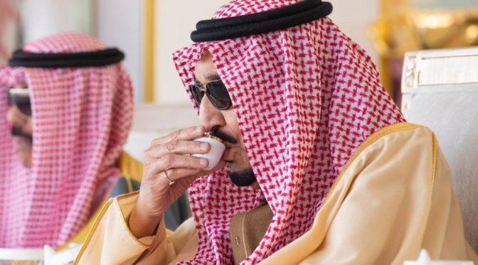 Служитель Двух Святынь совершил похоронную молитву по принцу Талалу ибн Сауду ибн Абдель Азизу