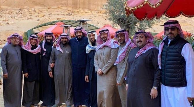 Наследный принц с несколькими принцами в аль-Ула