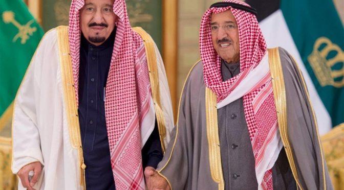 Служитель Двух Святынь поздравил Эмира Государства Кувейт с Национальным днем