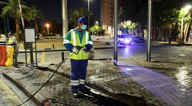 Муниципалитет округа Джидды активизирует усилия по очистке и дезинфекции общественных мест и площадей