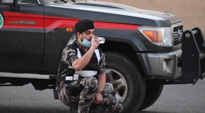 Военнослужащие Пограничных войск провинции Благородной Мекки во время ифтара