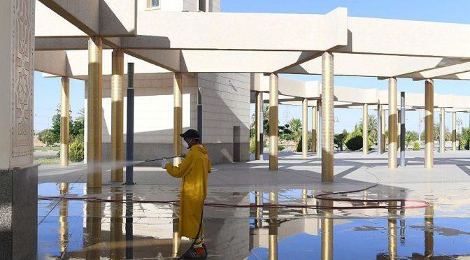 Муниципалитет Табука проводит дезинфекцию площадей у мечетей, и инспеционные туры по объектам