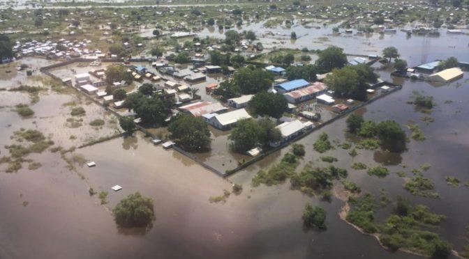 Служитель Двух Святынь выразил соболезнования председателю Суверенного совета Судана в связи с жертвами наводнений