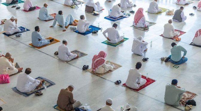 Управление по организации движения паломников в мечети аль-Харам организовало вход и выход 920000 молящихся и 408000 паломников