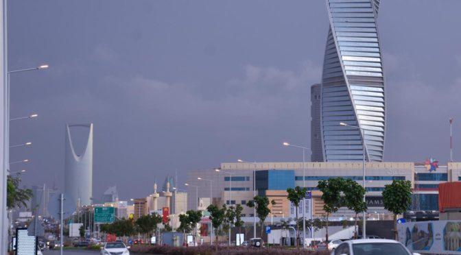 Прекрасная атмосфера в г.Эр-Рияд после дождя