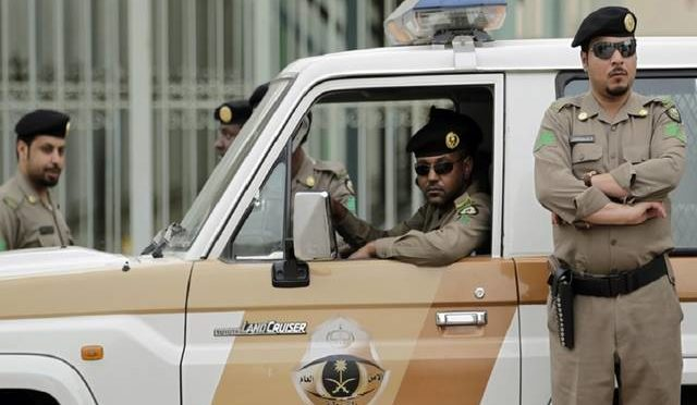 Официальный источник в МВД КСА: штраф 10000 риалов для тех, у кого нет разрешения на совершение умры в месяц Рамадан