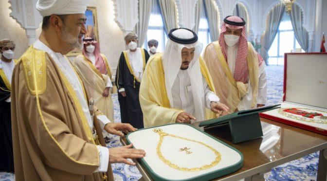 Служитель Двух Святынь принял султана Омана